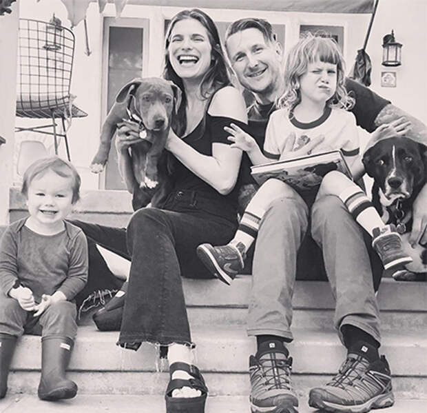 """Звезда фильма """"Однажды в Вегасе"""" Лейк Белл рассталась с мужем после семи лет брака"""