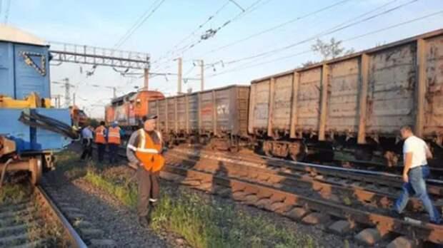 В Челябинской области сошел с рельсов поезд