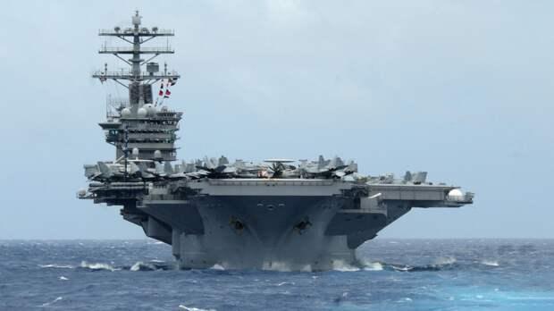 В США предложили ВМС потопить собственный авианосец