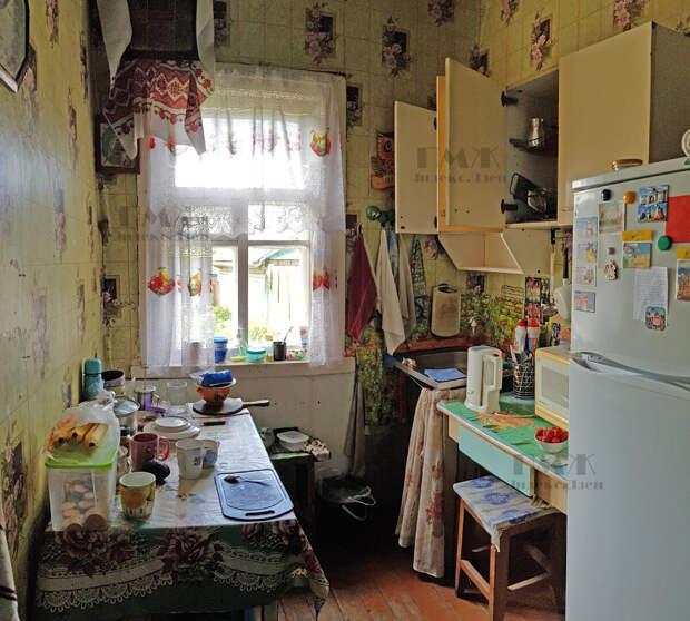 Преобразили деревенскую кухню с помощью быстрого ремонта и мебели из Леруа