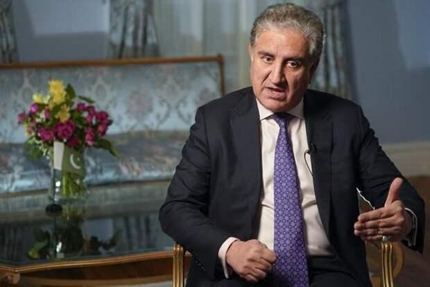 Глава МИД Пакистана указал Западу, что тот не понимает афганских реалий