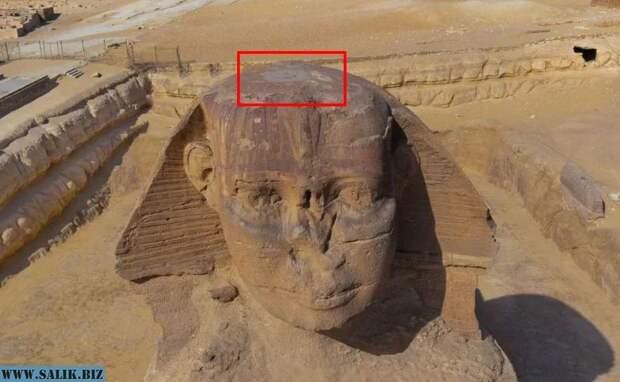 Люк на голове сфинкса - одна из деталей в Египте, которую сложно объяснить официальной историей