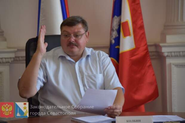 «Единая Россия» хочет назначить сенатором от Севастополя экс-росгвардейца Колбина