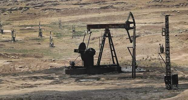 Российские беспилотники заподозрены в совершении атаки по объектам контрабанды нефти в Сирии