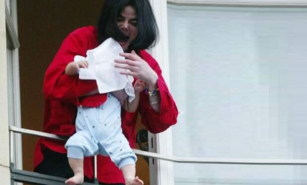 Шокирующие фото знаменитостей, которые не должны были попасть в сеть