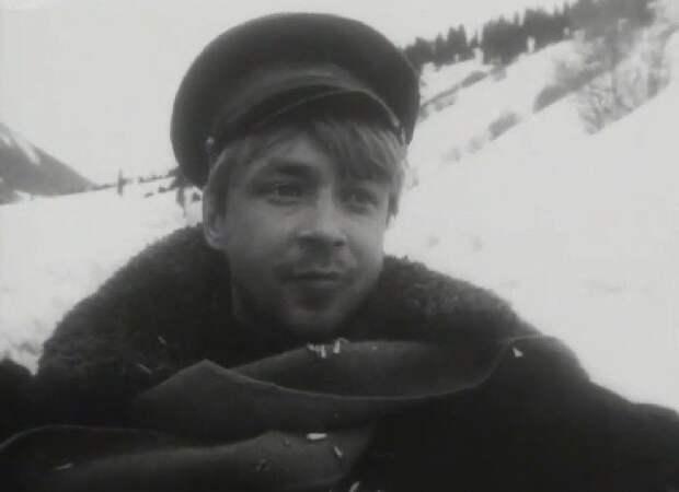 Вячеслав Жариков. Кадр из киноленты «Белые горы» (1964)