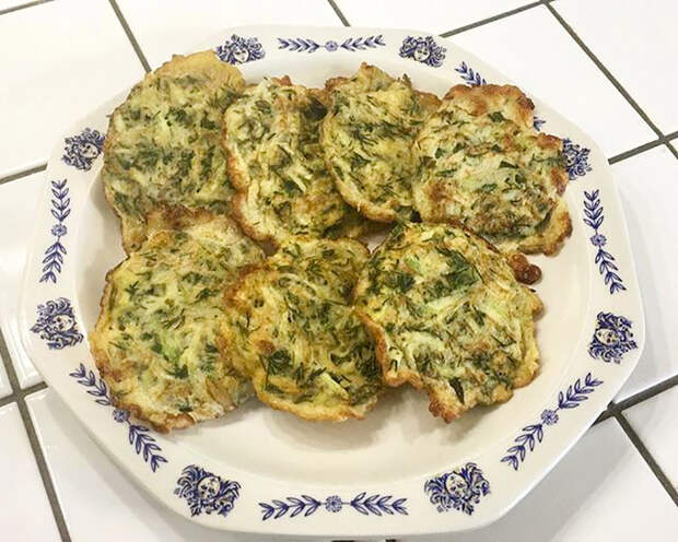 Рецепты Маргариты Симоньян: Оладьи из кабачков