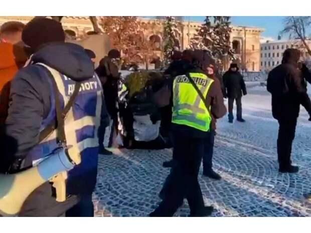О силе неформального майданного закона на Украине