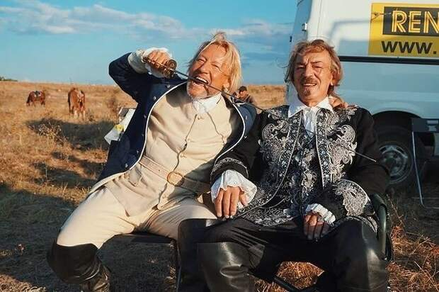 Жигунов – Дружининой: «Если понадобятся права на героя Володи Шевелькова в «Гардемаринах», я отдам!»