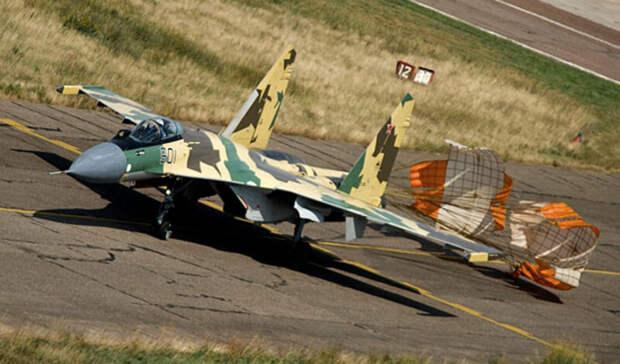 Новейшими истребителями Су-35 усилят военную авиацию Ростовской области