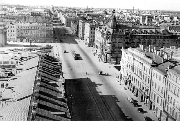 Улицы блокадного Ленинграда