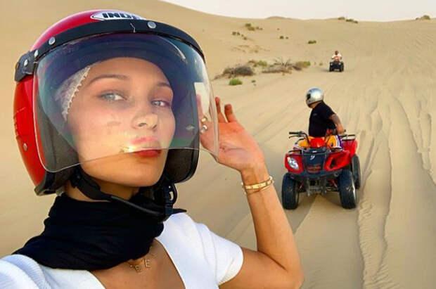 Белла Хадид провела выходные в Абу-Даби