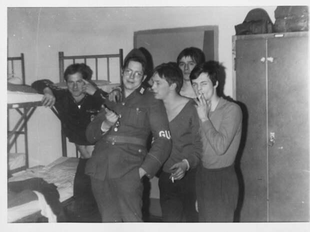 Дембельский альбом солдата Национальной народной армии ГДР.