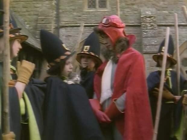 "Кадр из фильма ""Самая плохая ведьма"" (1986)"