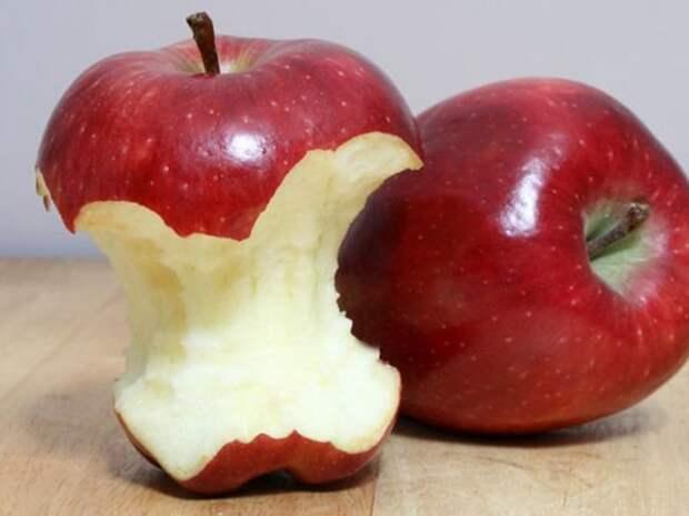 Онколог Смирнова рассказала, какие овощи и фрукты полезно есть с кожурой