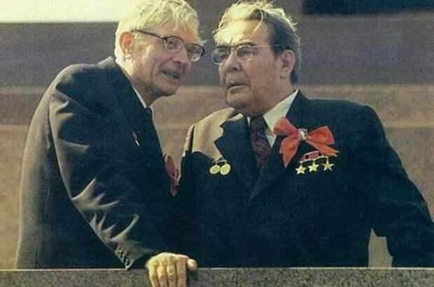 Расплата за могущество: вклад Суслова в развал СССР не меньше, чем Горбачева