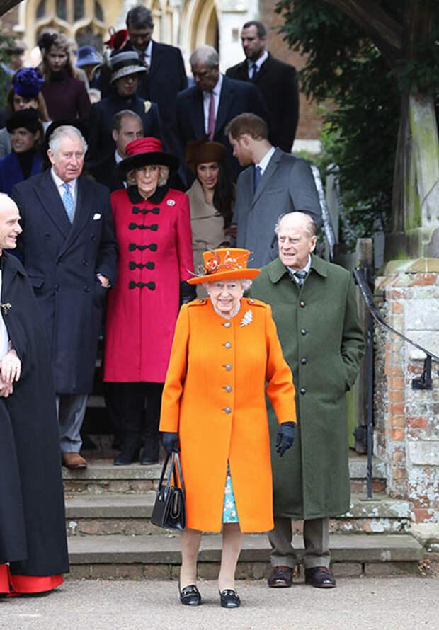 Такого не бывало 70 лет: королева Елизавета II и принц Филипп озвучили свои планы на Рождество