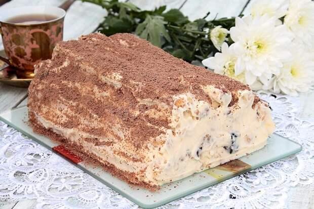 """Торт """"Монастырская изба"""" с очень оригинальной начинкой: такого вы еще не пробовали"""