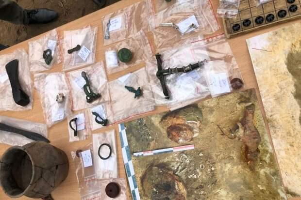 Уникальная находка: в России нашли полный комплект настольной игры римских наемников