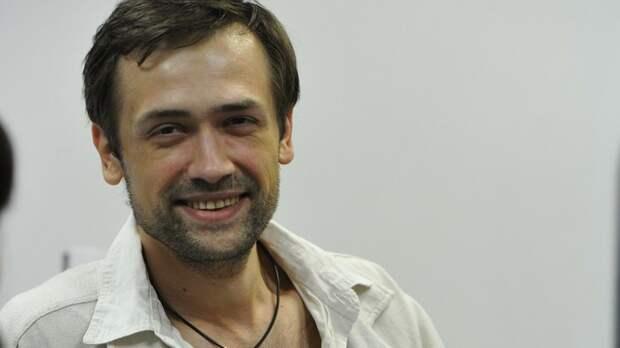 Так выглядит предатель: Сбежавший на Украину актёр просит милостыню у русских