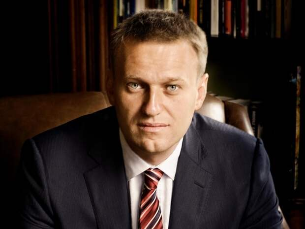 Независимые медики нашли у Навального кисты печени, грыжи позвоночника и проблемы с ногами