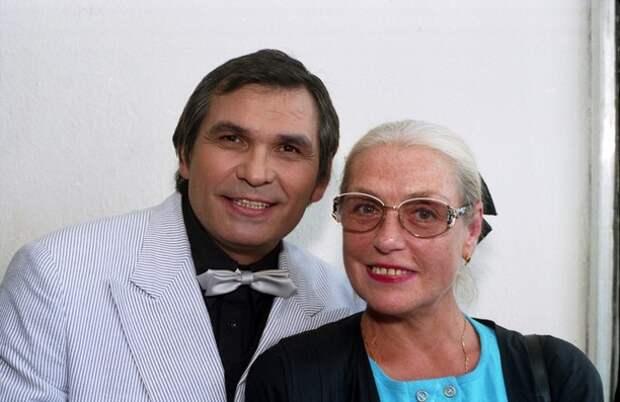 Бари Алибасов, Лидия Федосеева-Шукшина