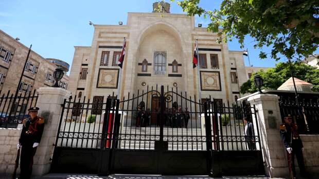 Шесть новых кандидатов подали заявки на участие в выборах президента Сирии