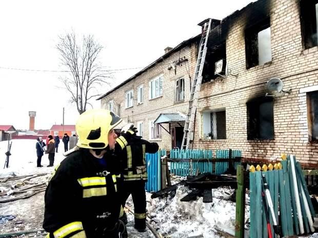 Пятерых пострадавших при пожаре в Игре выписали из больницы