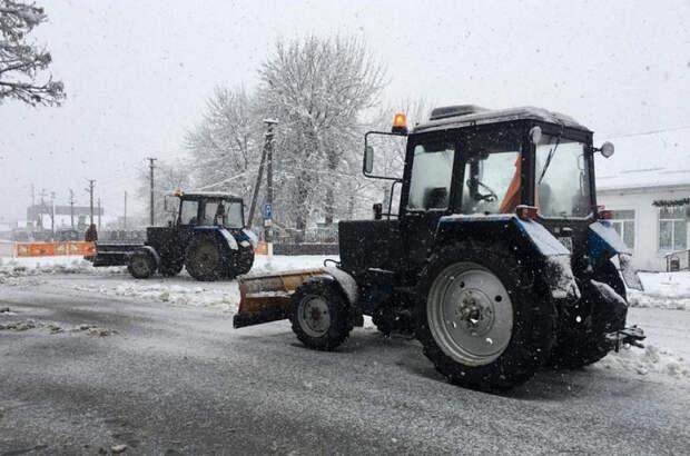 Мэр Краснодара попросил строительные компании помочь в расчистке снега