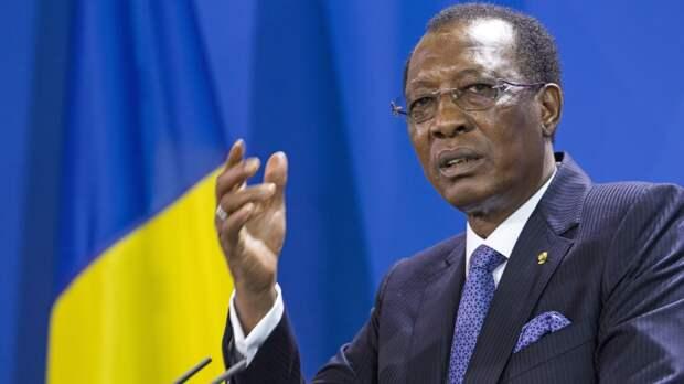 Власти Чада объявили 18-месячный переходный период после гибели главы государства