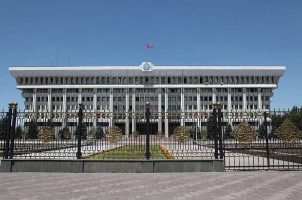 Киргизия сообщила о почти 190 пострадавших в конфликте с Таджикистаном