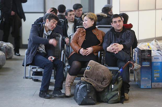 Семейных мигрантов предлагают не выдворять из страны