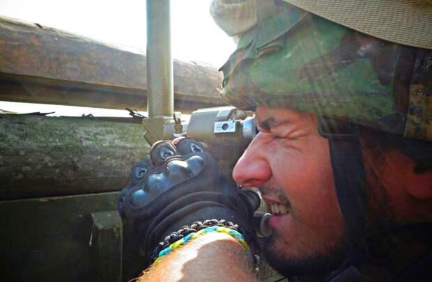 Украинские солдаты рассказали, как дождь помогает им воевать с ополченцами