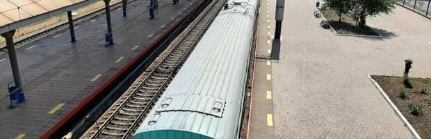Троих человек привлекли к ответственности за курение и распитие алкоголя на ж/д вокзале Алматы