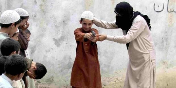 Дети из исламистских семей потенциально опасны для общества