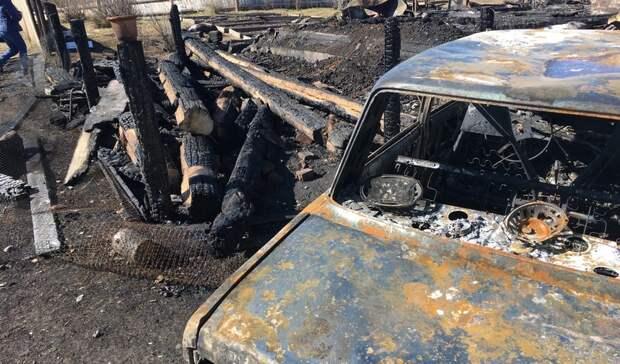 Мама смотрела, как дом сеедетьми горит: подробности пожара под Нижним Тагилом