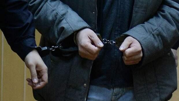 «Похитили более 800 тыс рублей»: в Севастополе задержали взломщиков грузовых авто