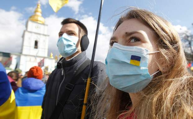 На Украине приготовились к тысячам смертей от COVID-19