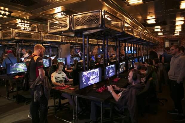 Сессия подождет: питерские студенты лучше всех играют в компьютерные игры