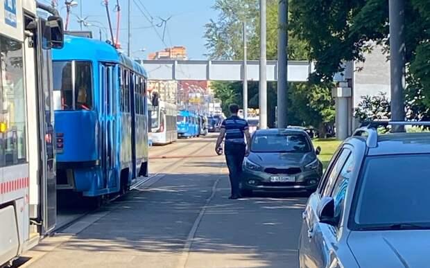 Трамваи № 15 задерживаются из-за пожара на Волоколамке