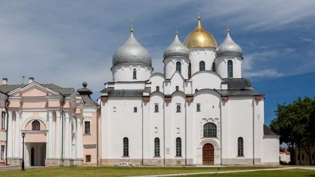 Семь древнейших храмов России (краткий обзор)