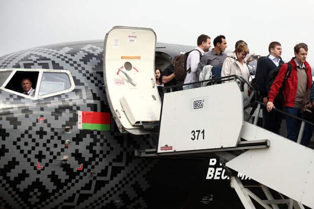 Россия снимает все ограничения на авиасообщение с Белоруссией
