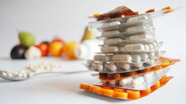 Фитнес-тренер оценил влияние приема витаминов на здоровье человека в условиях пандемии