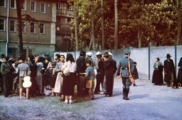4 возмутительных факта о геноциде цыган, о котором забыли