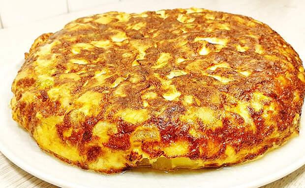 Соединяем кабачок и 4 картофелины: пирог на сковороде за 15 минут. Духовка не требуется