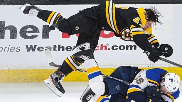 «Его зрачки были большими, возможно, онбыл под чем-то». Игрока НХЛ Круга заподозрили внаркотиках