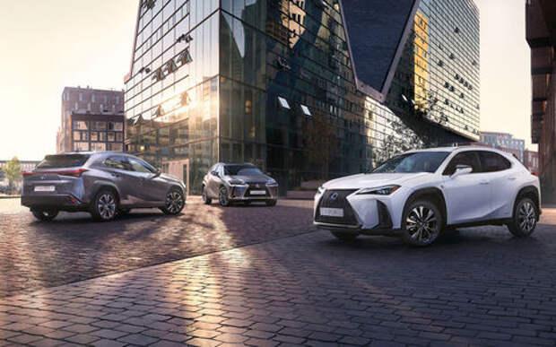 Lexus назвал российские цены на кроссовер UX