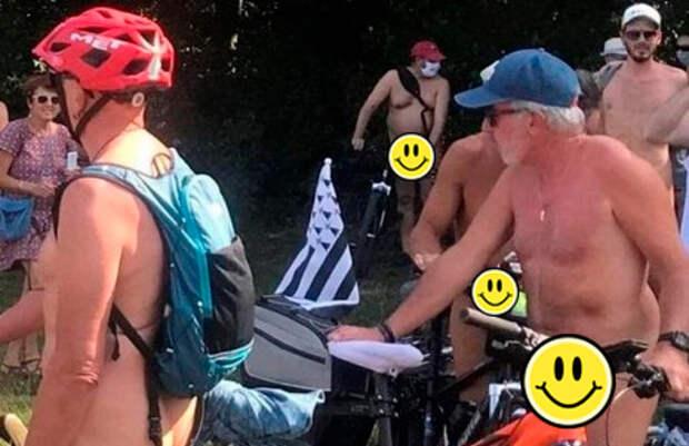 Французы впервые устроили «голый» велопробег