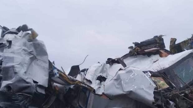 Выживший парашютист рассказал о событиях в самолете перед крушением L-410