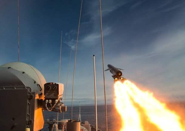 """Одного залпа """"Цирконами"""" достаточно для уничтожения четырех авианосцев ВМС США"""